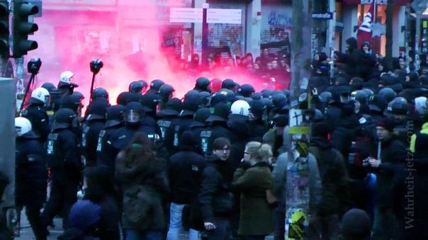 MaxBryan-Demo-Hamburg-SnapShot1sm21-snapshot51-11-1024xCC