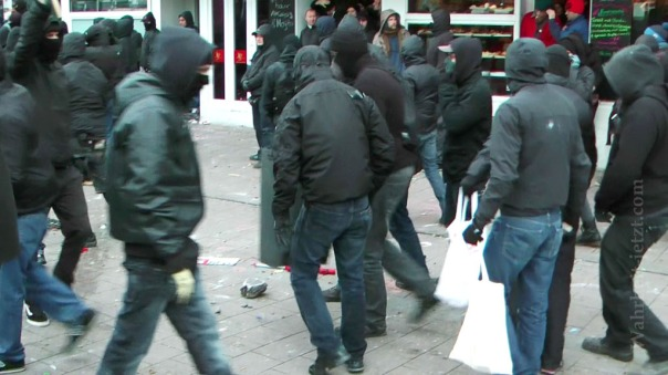 MaxBryan-Demo-Hamburg-sshot1sm21-18-1024xCC
