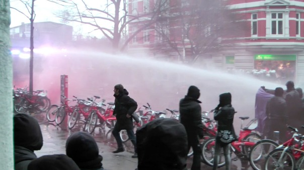 MaxBryan-Demo-Hamburg-sshot1sm21-T2-56-1024x