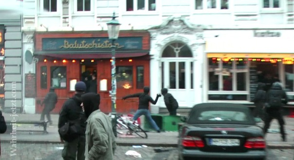 MaxBryan-Demo-Hamburg-sshot1sm21-T3-11-bv2CUT-1024xCC