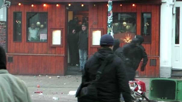 MaxBryan-Demo-Hamburg-sshot1sm21-T3-13-1024x
