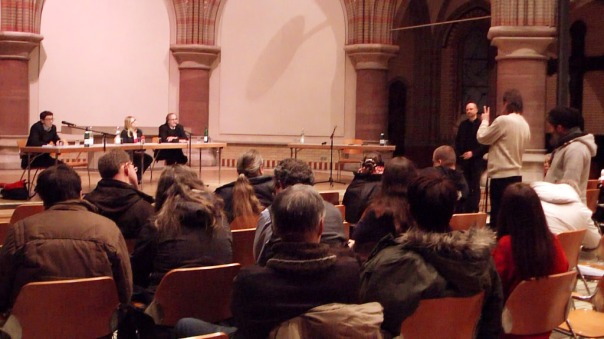 11-MaxBryan-Debatte-Kirche-1ta28-sshot-96-1024x