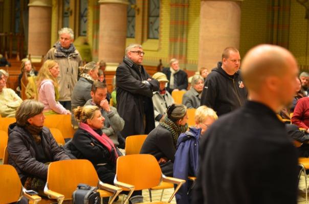 18-MaxBryan-Debatte-Kirche-225-1024x