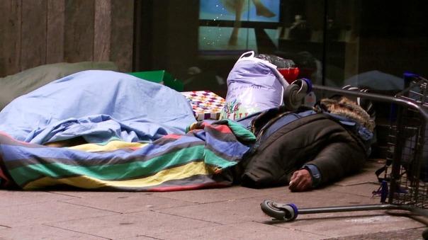 07-MaxBryan-Obdachlose-Weihnachten-snapshot-389-1024x