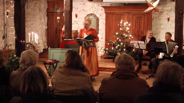 Die Weihnachtsgeschichte in der Scheune vom Gartenhof ...