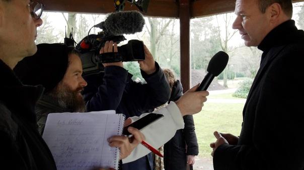 Unternehmenssprecher Lutz Rehkopf im Interview am 19.11. Uns zwei verbindet eine ganz besondere Geschichte ...