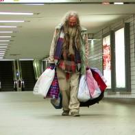 12a-hilfefuerklaus-obdachlose-maxbryan-snapshot-1sl13-1sm12-453-1920x-kopie